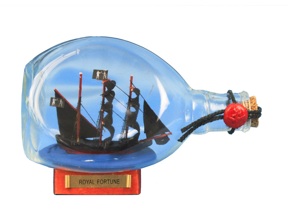 pirate ship in a bottle – 7 inch